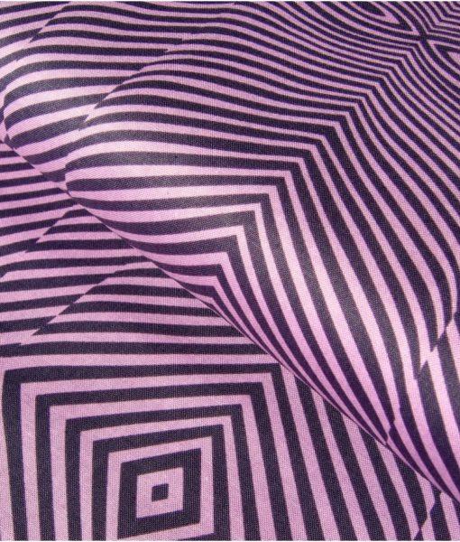 Medvilninis audinys, violetiniais dryželiais