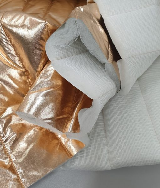 Dygsniuotas vienpusis striukinis audinys Auksinis metalic