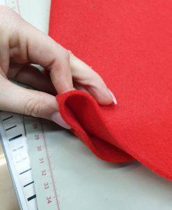 Dirbtinio veltinio (filco) lakštas, šviesiai raudonas