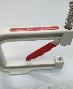 Rankinis presas perliukams tvirtinti + 6 skirtingi antgaliai skirtingų dydžių perliukams