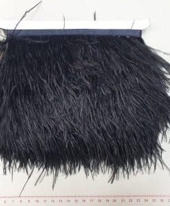 Juosta su natūraliomis stručio plunksnom, juoda, 10 cm