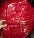 Dygsniuotas rombais vienpusis striukinis audinys Red latex